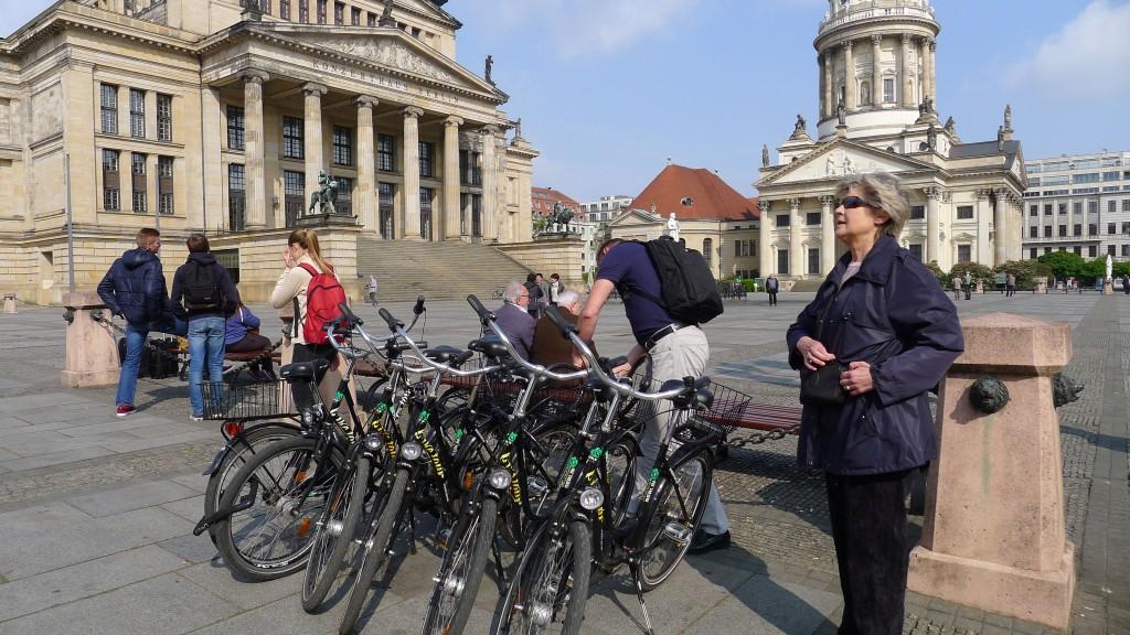 Accrochage des vélos Gendarmenmarkt