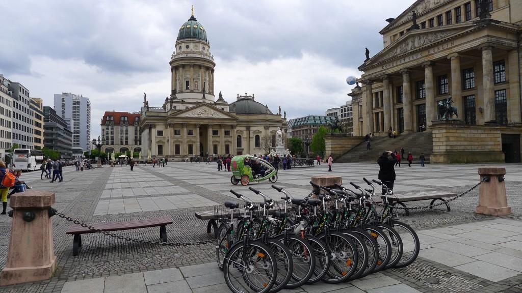Nos vélos place Gendarmenmarkt