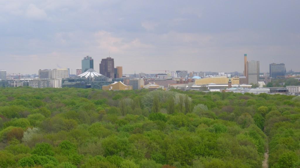 vue sur le parc Tiergarten et sur le centre- ville