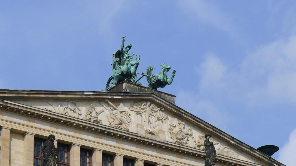 Détail de la sculpture du Théâtre du Schauspielhaus