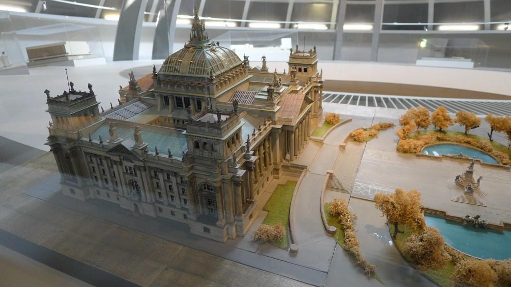 Maquette imaginée pour le Reichstag
