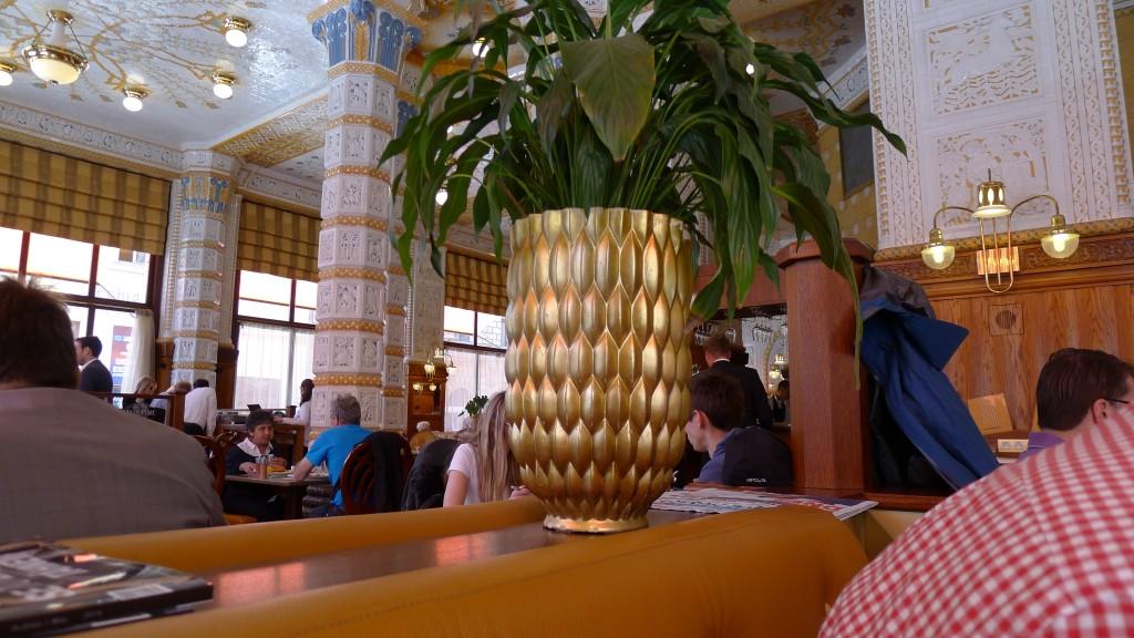 décor café impérial