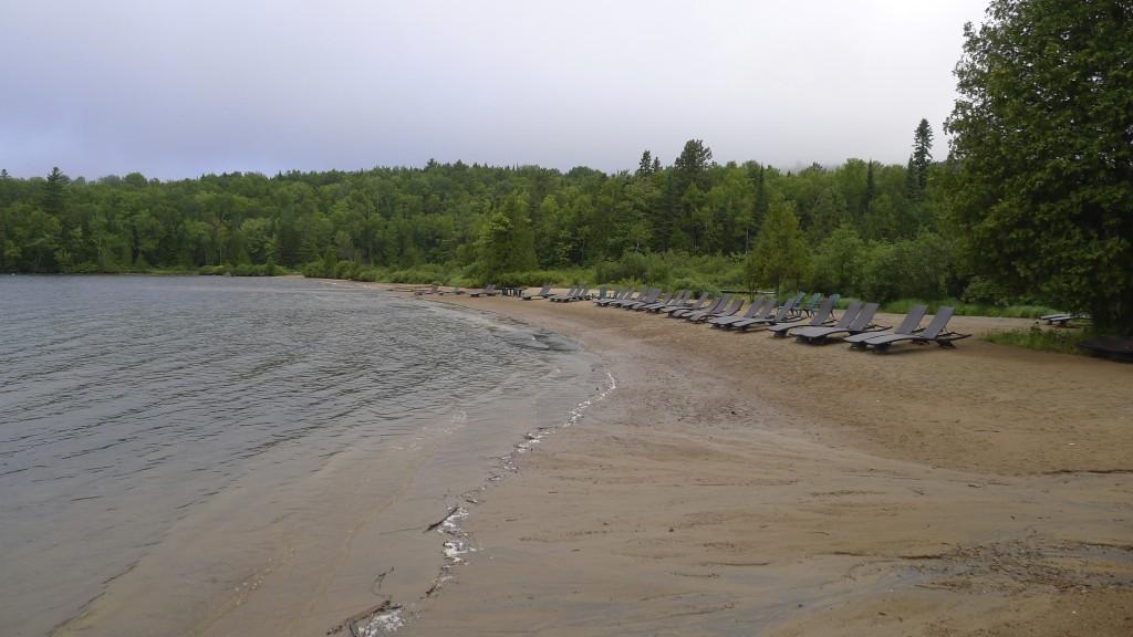 plage de sable à Sacacomie