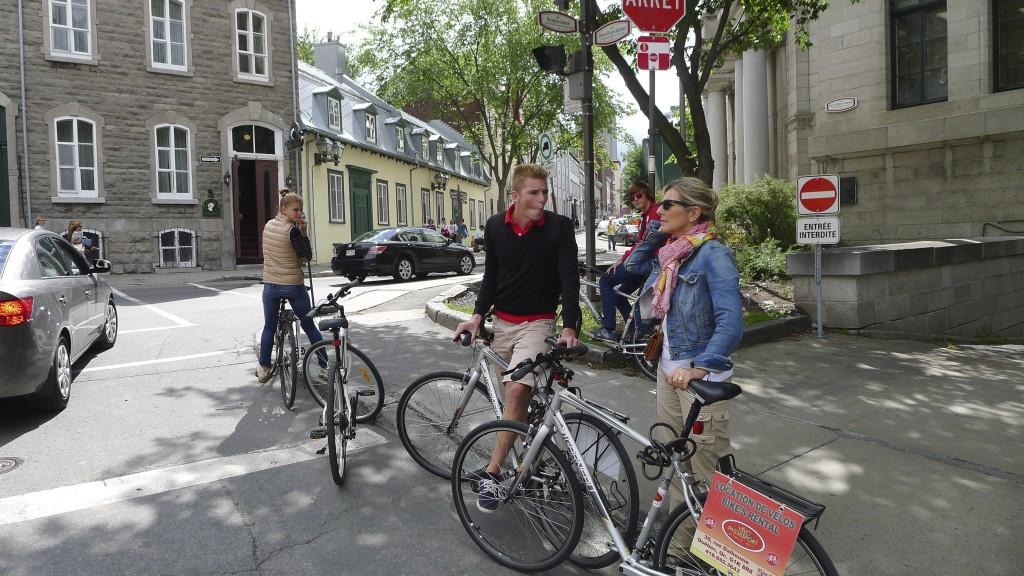 famille à vélo à Québec
