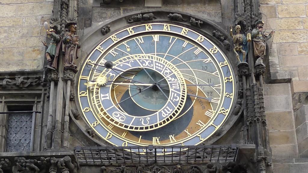 détail de l'horloge astronomique