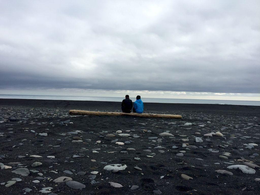 la mer en face du lac de Jokullsarlon