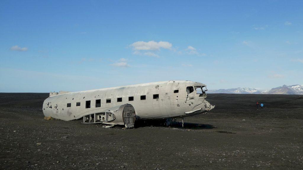carcasse avion DC3