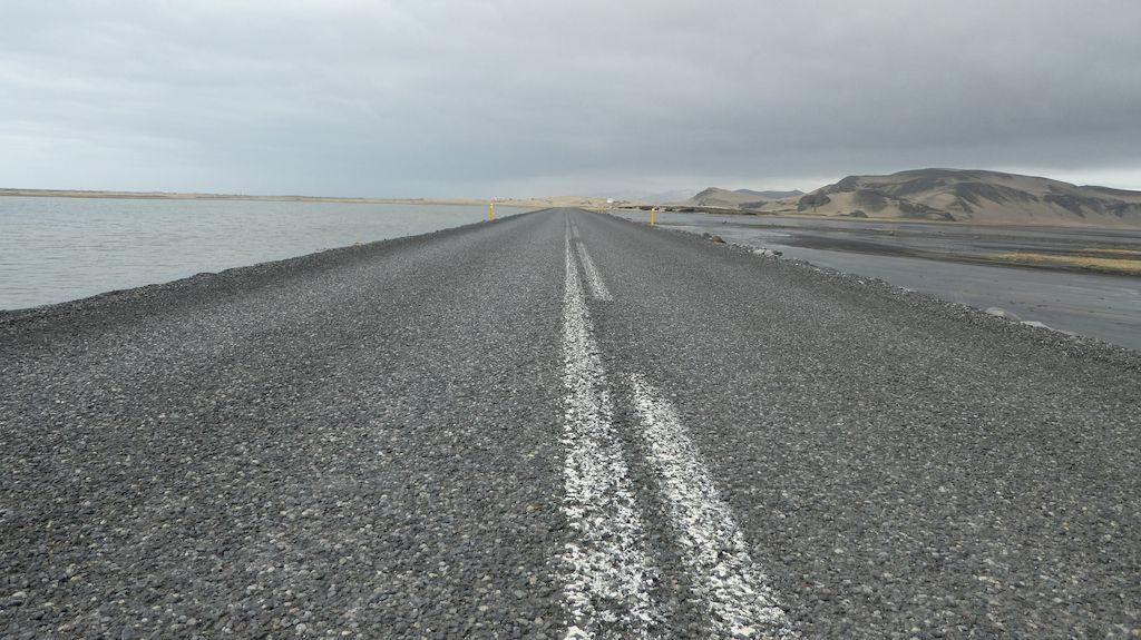 route circulaire numéro 1 près de Reynisfjara