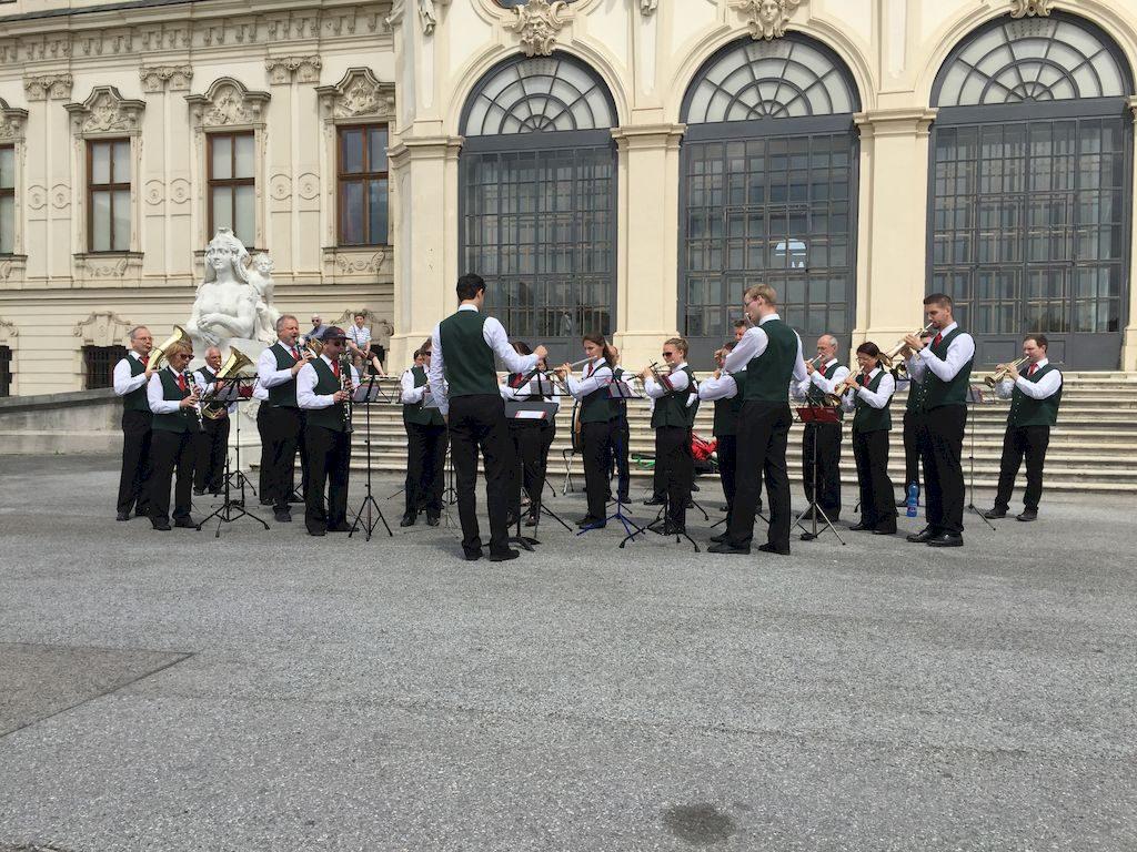 concert autrichien devant le Belvédère