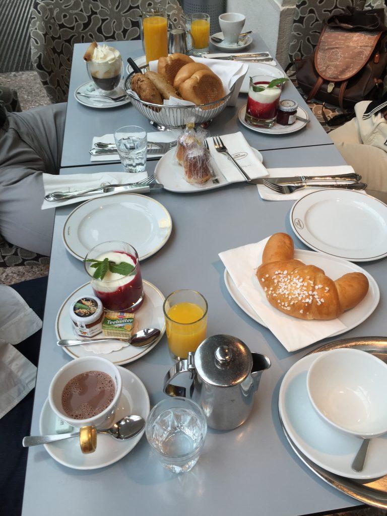 le petit déjeuner au Landtmann