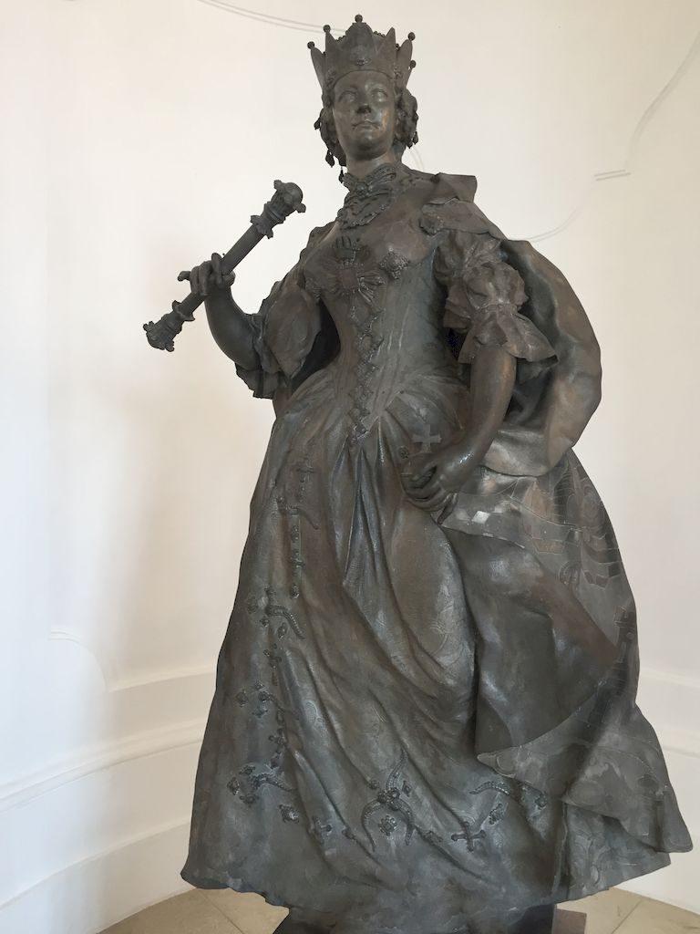 statue de Marie Thérèse d'Autriche