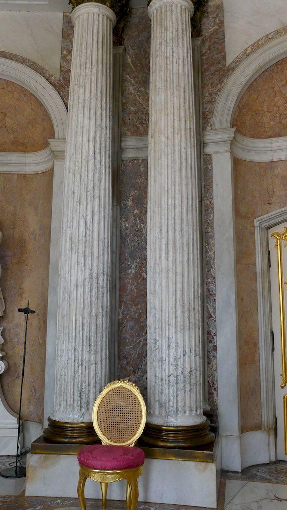 les colonnes de marbre d'un bloc