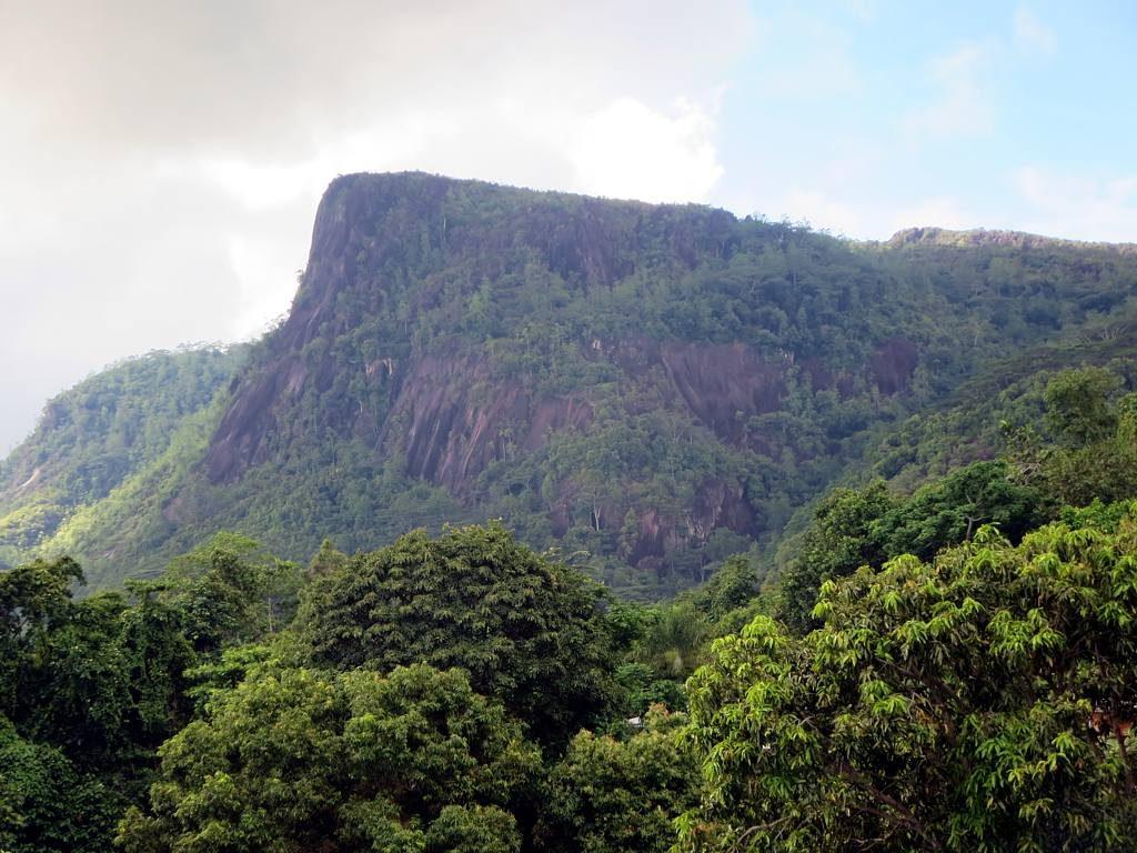seychelles-morne-seychellois-national-park