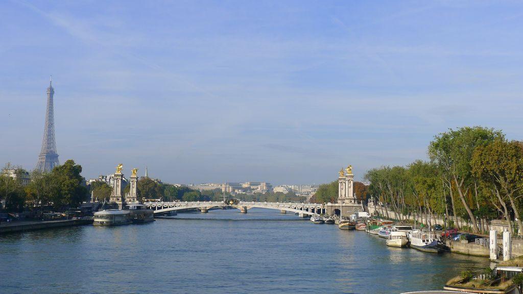vue sur pont Alexandre le Grand