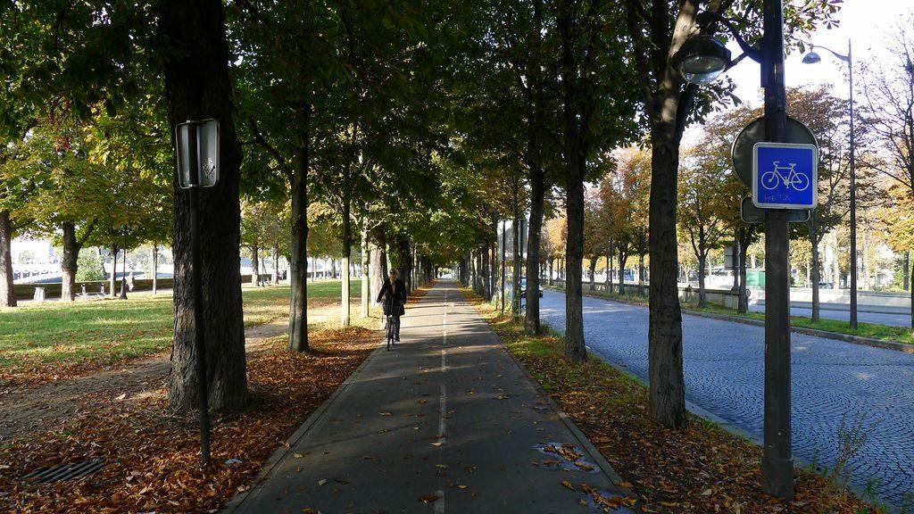 piste cyclable près de la Seine