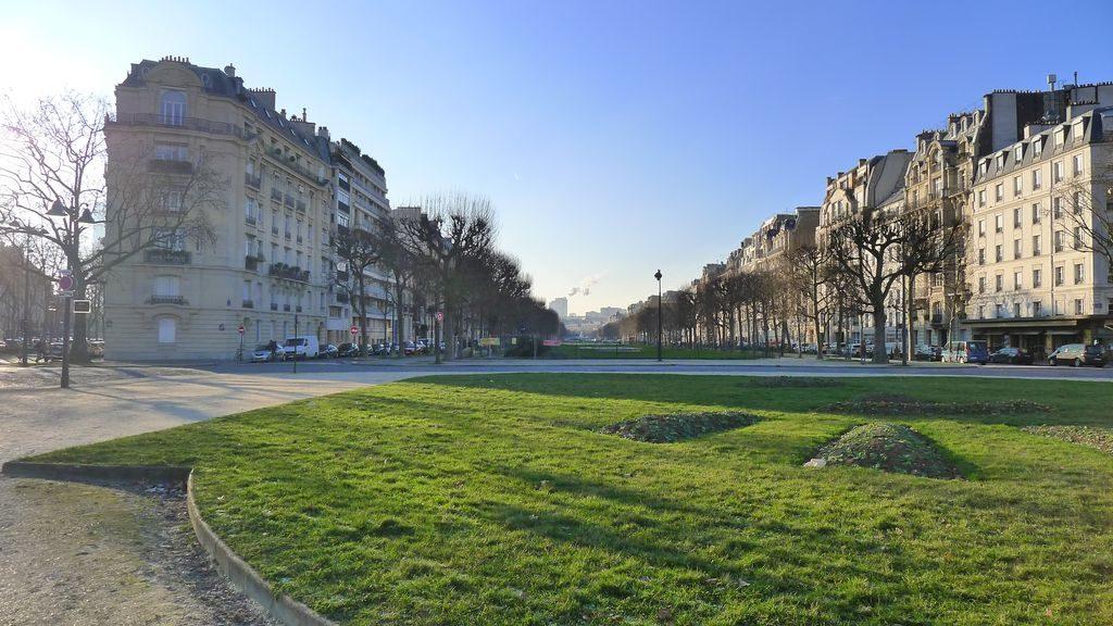 vue au loin de la gare Montparnasse