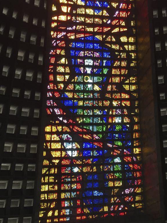 Détail des vitraux de la cathédrale de Rio