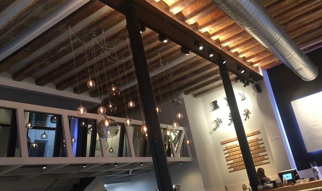 plafond cafe