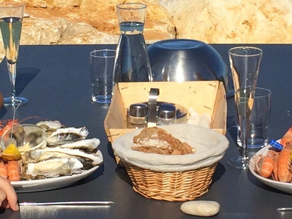 Assiette d'huîtres auberge paysanne de la mer