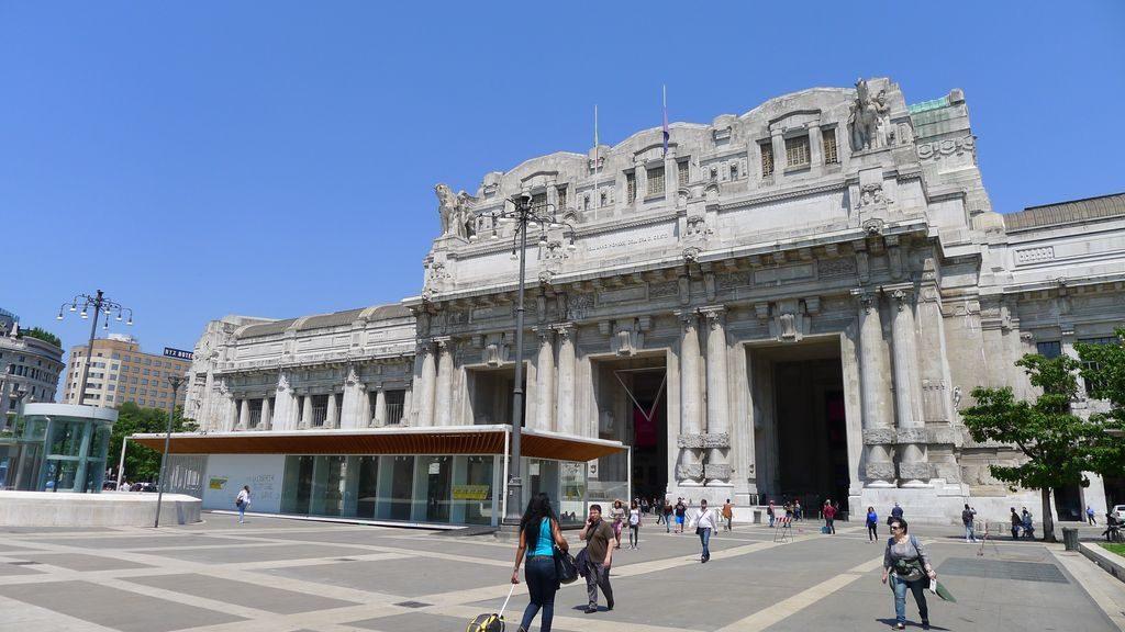 Fronton de la gare Milano Centrale