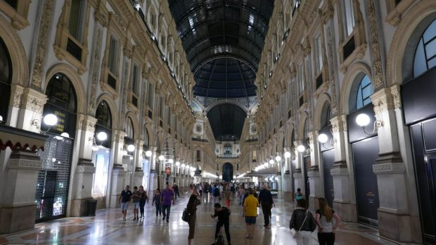 Nuit dans la galerie Victor Emmanuel II