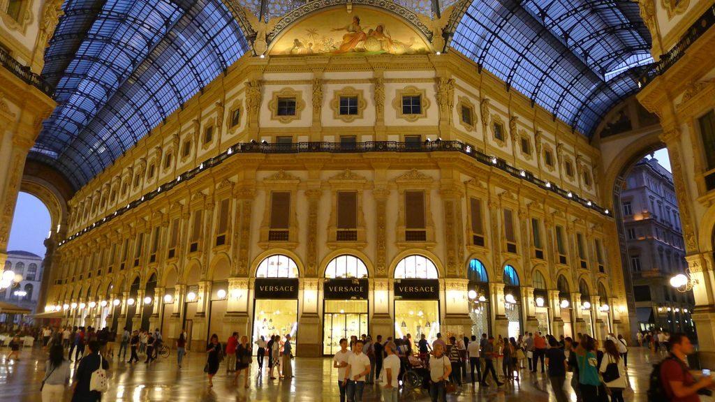 Intérieur de la galerie Victor Emmanuel II Milan