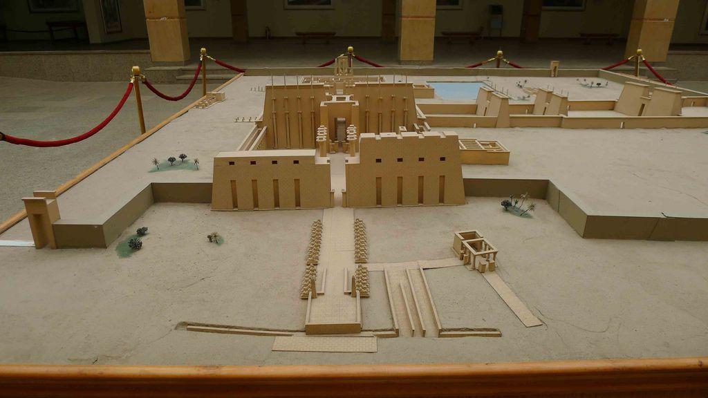 Maquette représentant l'ensemble du site de Karnak