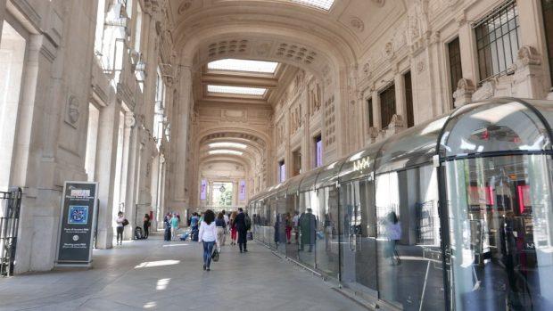 le hall de la gare Milano Centrale
