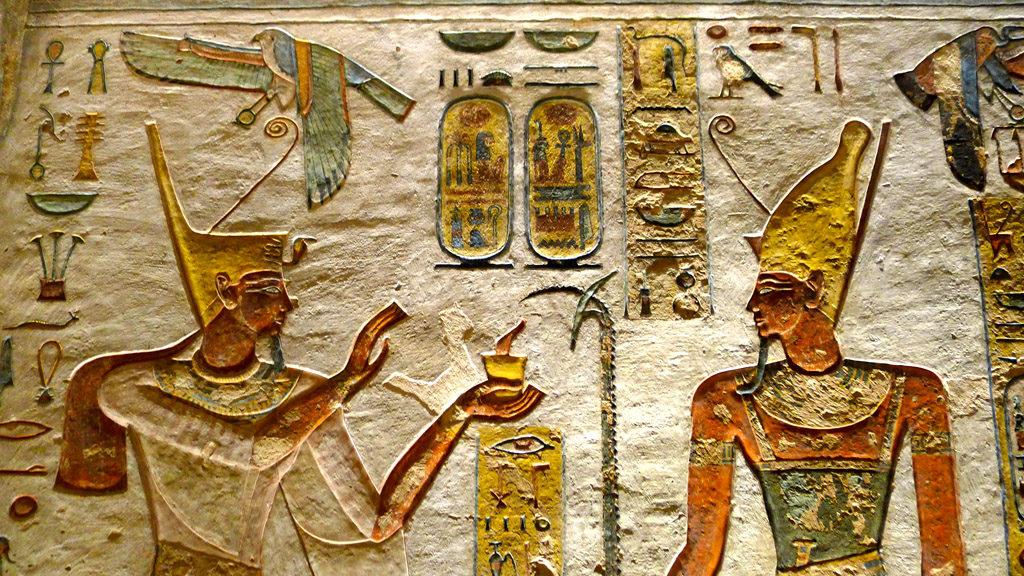 Bas relief peint dans une tombe de la vallée des rois